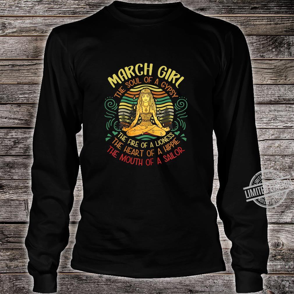 Damen March Girl The Soul of A Gypsy Vintage Yoga März Geburtstag Shirt long sleeved