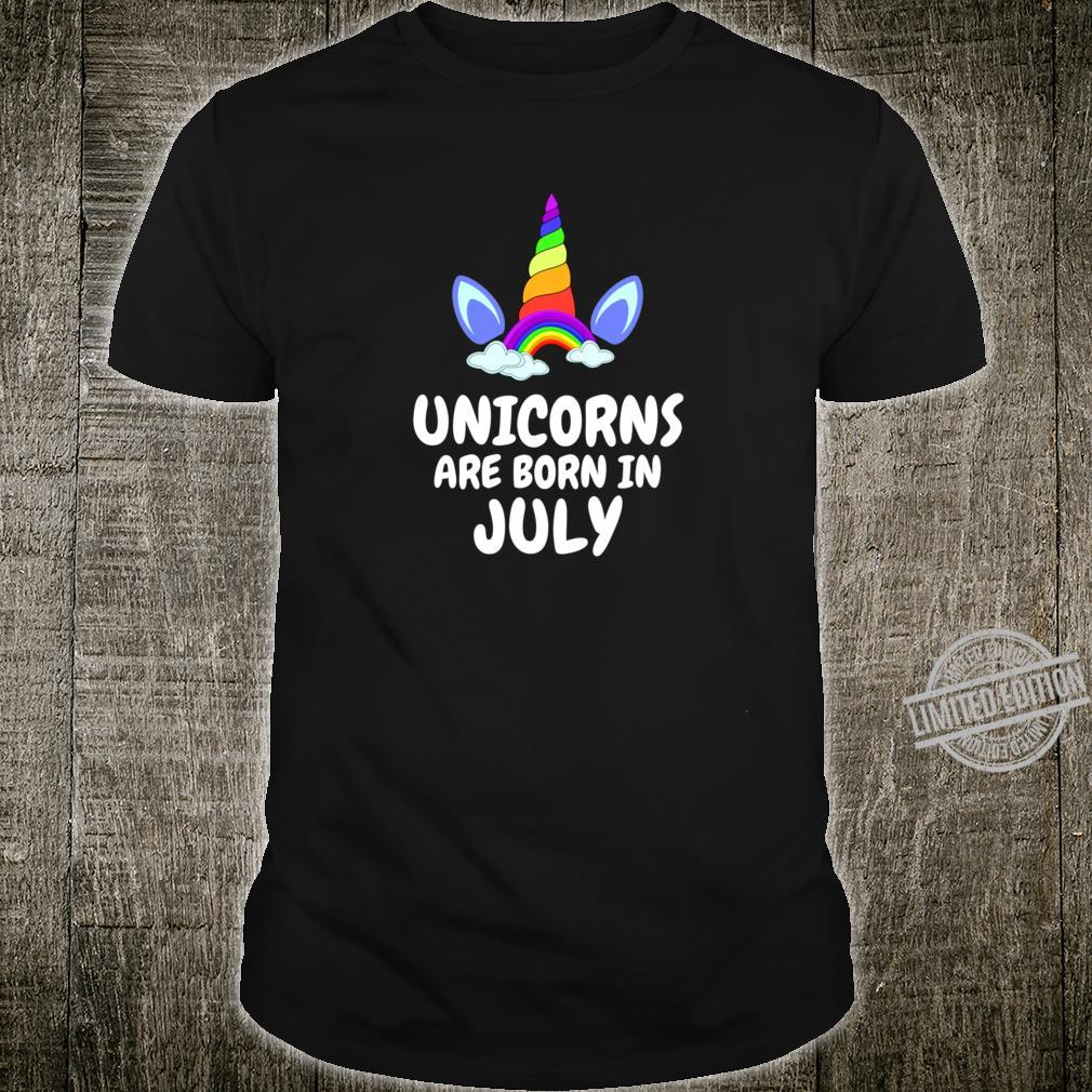 UNICORNS ARE BORN IN JULY Birthday Girl Lightweight Shirt
