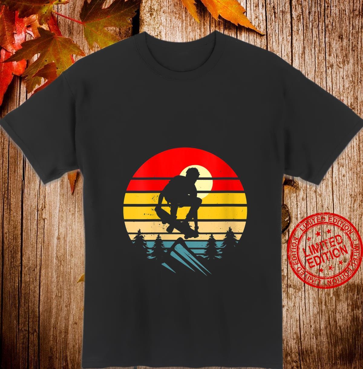 Womens Skateboarder Retro Skateboard Vintage Skateboarding Skater Shirt